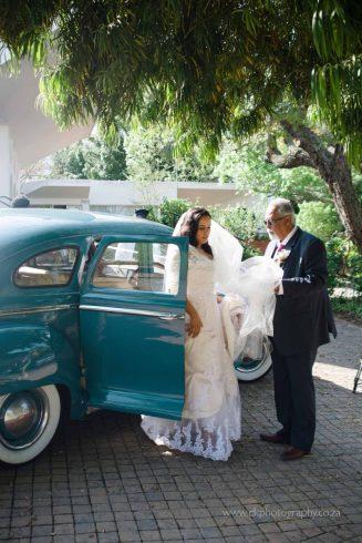 DK Photography DKP_4958-327x490 Simone & Lyle's Wedding in Suikerbossie Restaurant in Hout Bay