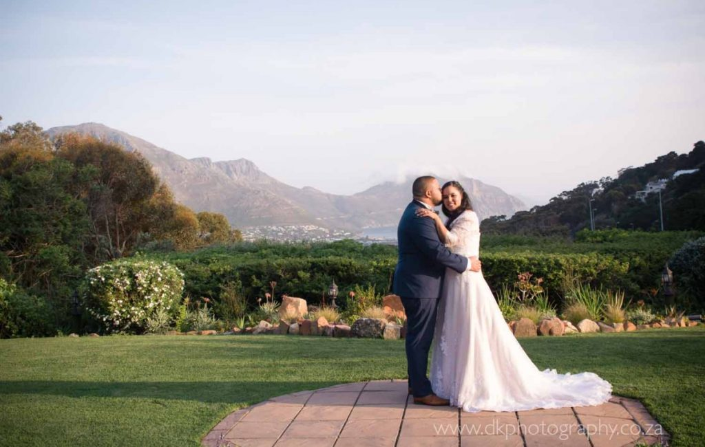 Benefits of a second shooter at your wedding